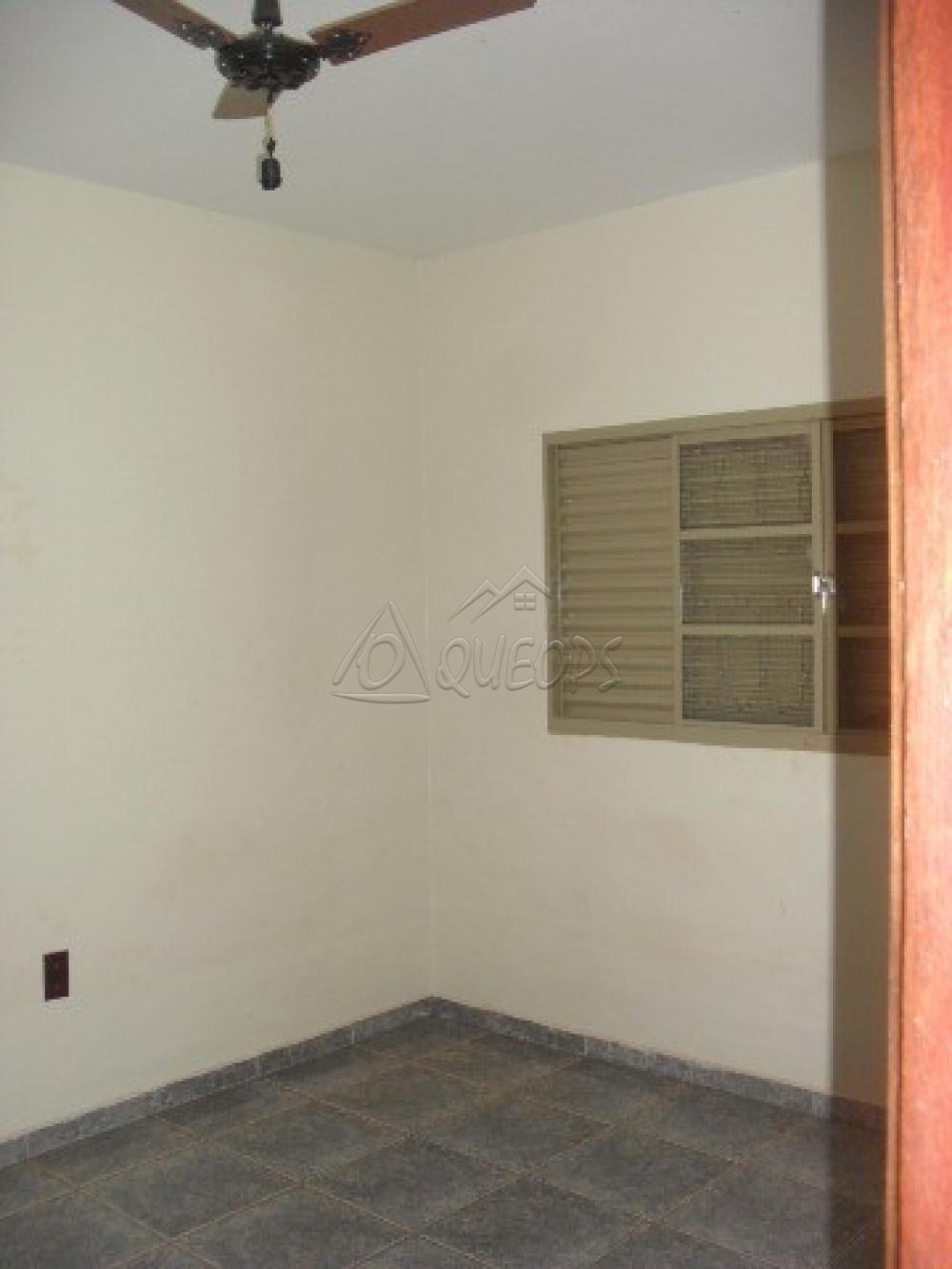Alugar Casa / Sobrado em Barretos apenas R$ 2.200,00 - Foto 16