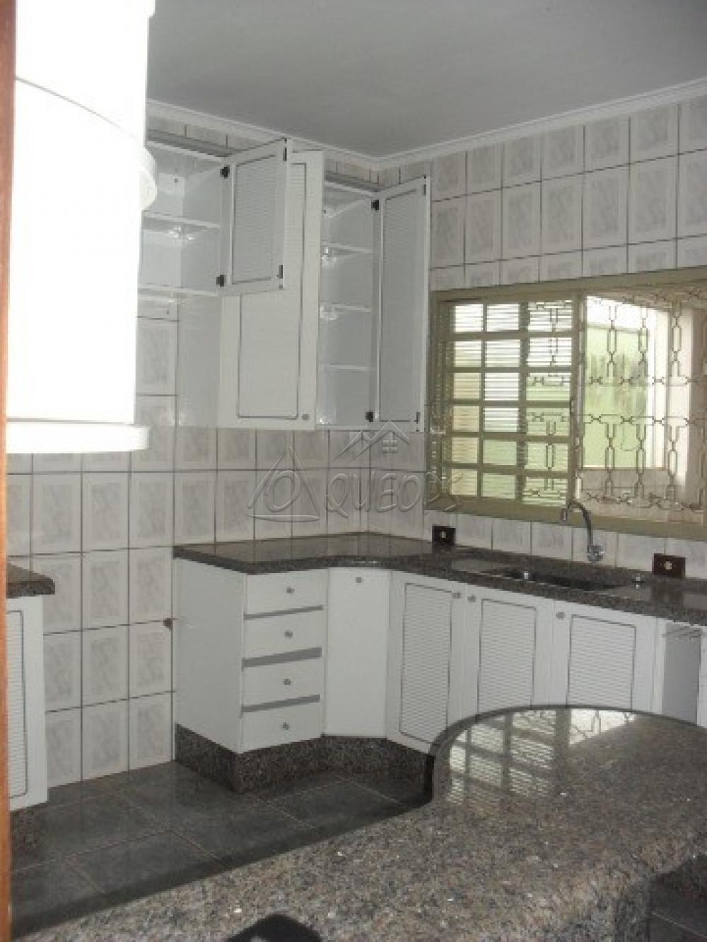 Alugar Casa / Sobrado em Barretos apenas R$ 2.200,00 - Foto 18