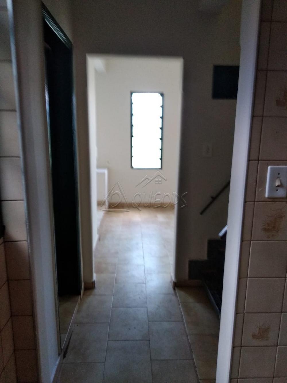 Alugar Casa / Sobrado em Barretos apenas R$ 1.100,00 - Foto 4