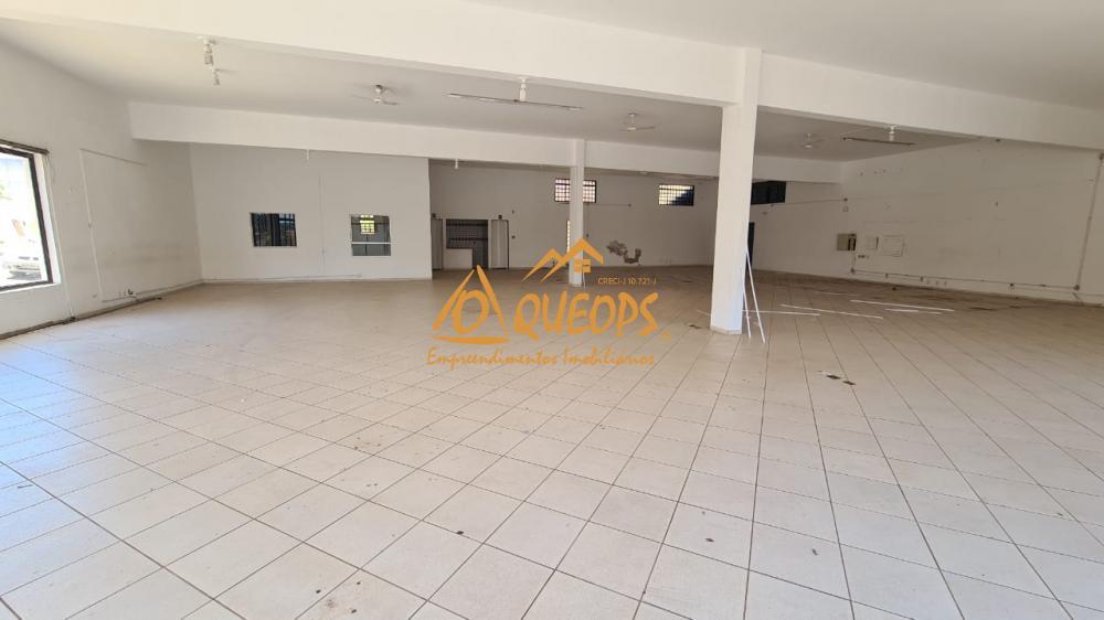 Alugar Comercial / Salão em Barretos R$ 4.500,00 - Foto 2