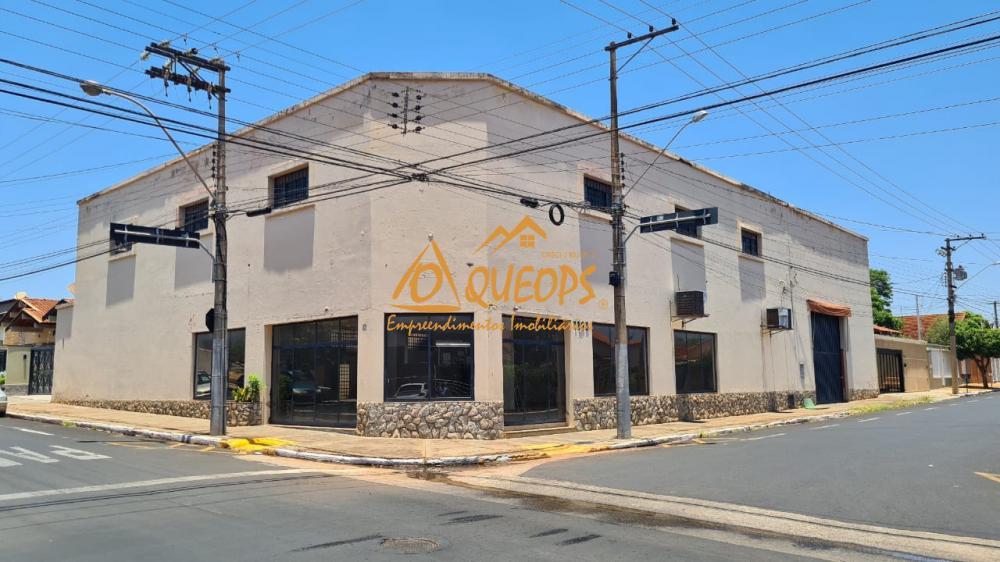Alugar Comercial / Salão em Barretos R$ 4.500,00 - Foto 1
