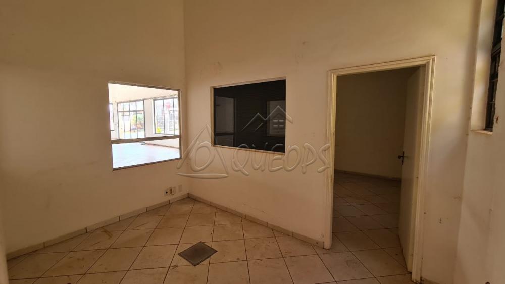 Alugar Comercial / Salão em Barretos R$ 4.500,00 - Foto 9