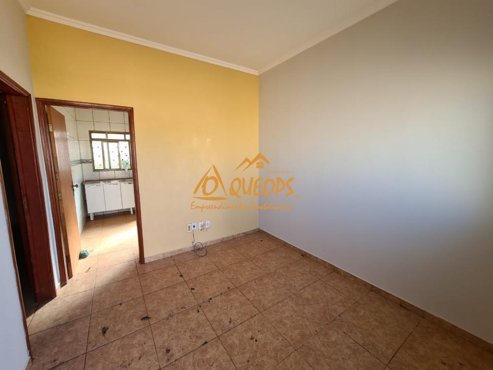 Alugar Casa / Padrão em Barretos R$ 850,00 - Foto 4