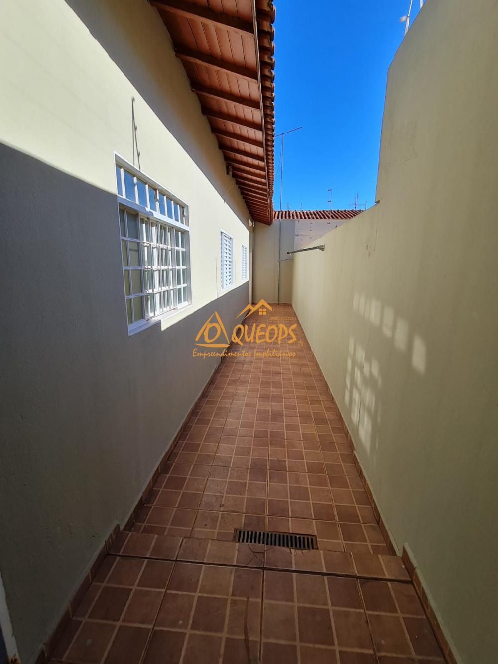Alugar Casa / Padrão em Barretos R$ 1.700,00 - Foto 3