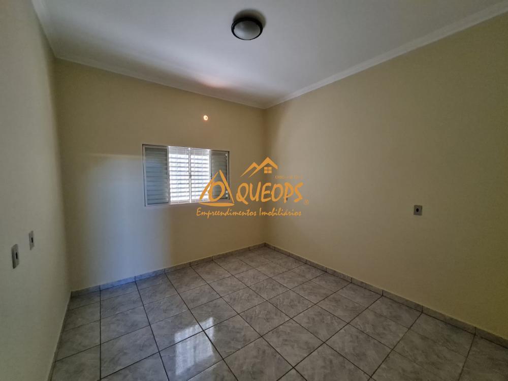 Alugar Casa / Padrão em Barretos R$ 1.700,00 - Foto 16