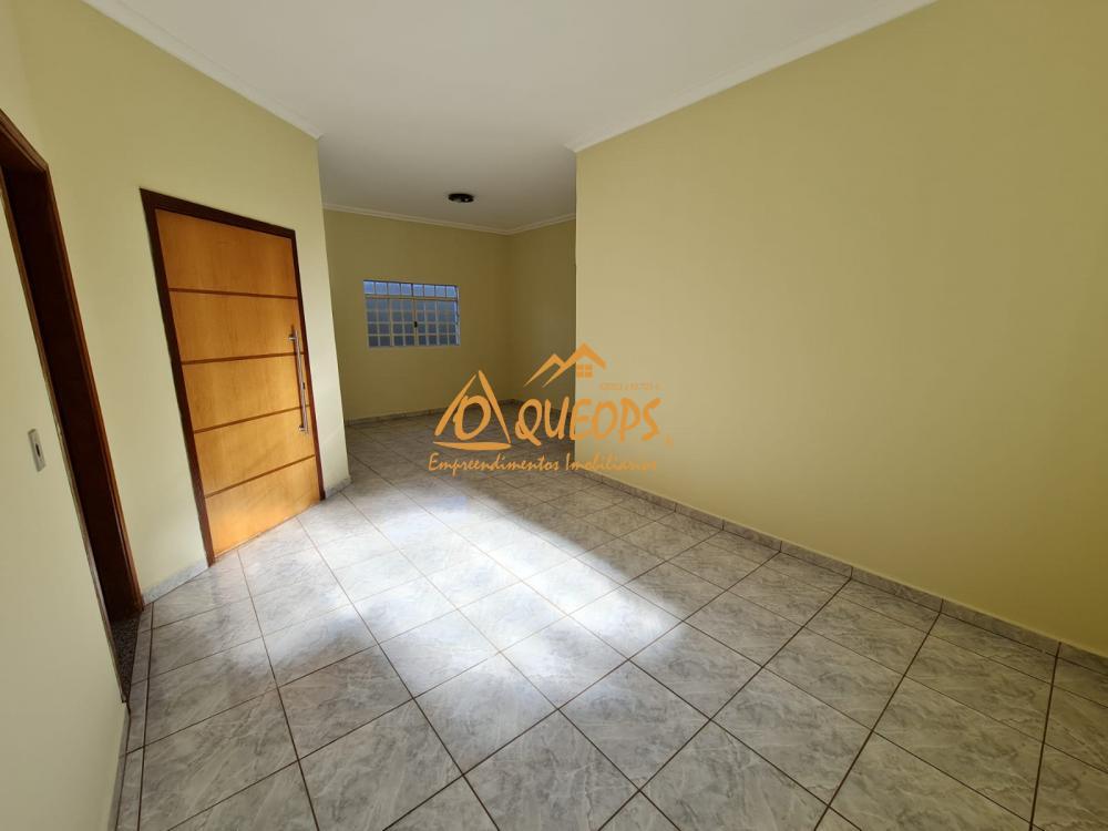 Alugar Casa / Padrão em Barretos R$ 1.700,00 - Foto 18