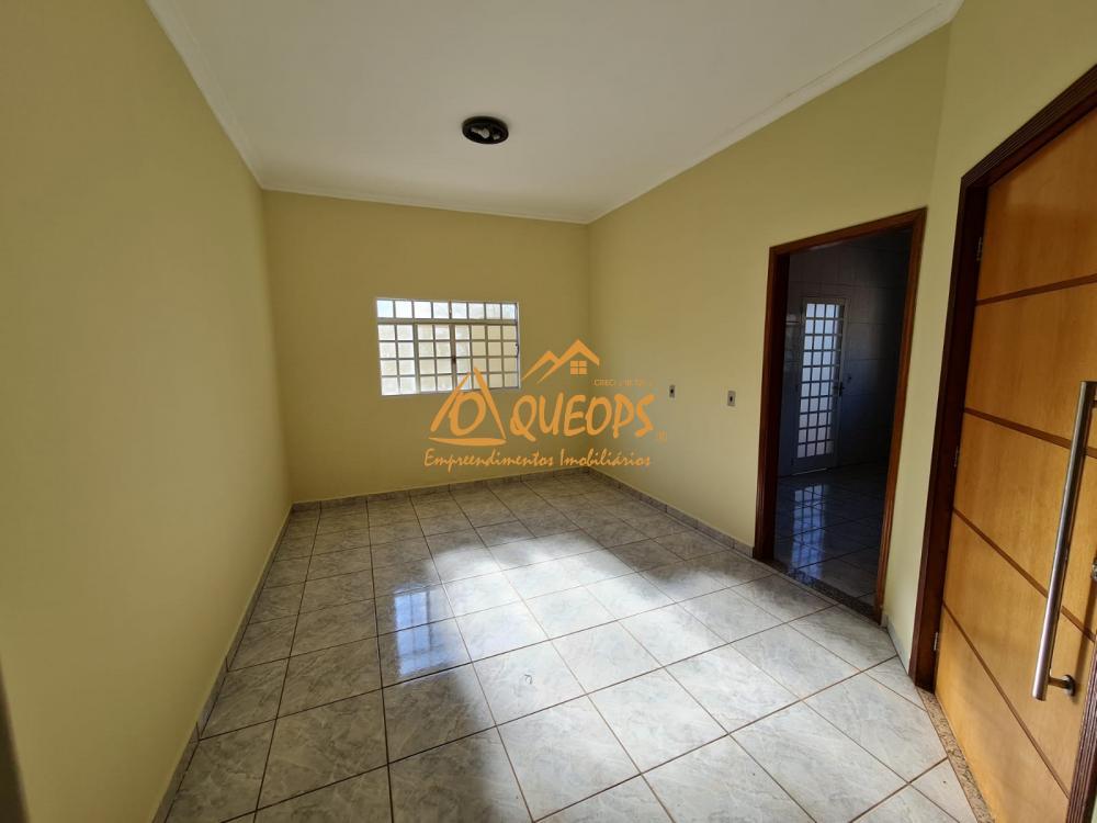 Alugar Casa / Padrão em Barretos R$ 1.700,00 - Foto 20
