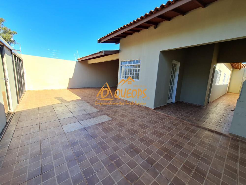 Alugar Casa / Padrão em Barretos R$ 1.700,00 - Foto 4