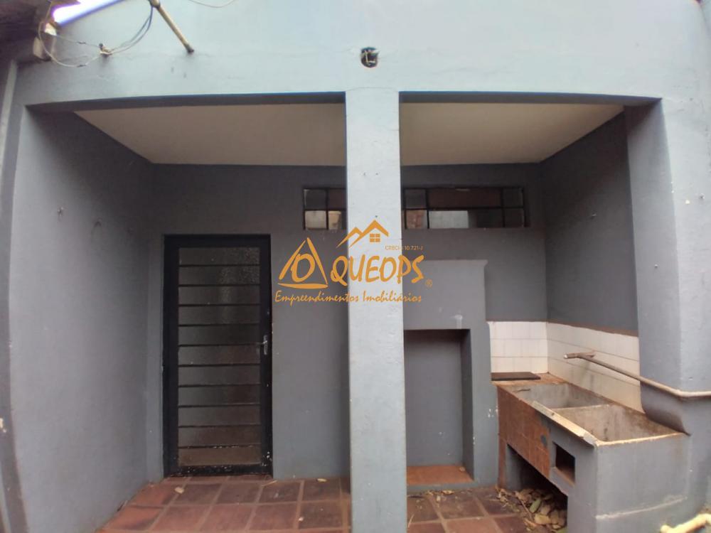 Alugar Casa / Padrão em Barretos R$ 1.100,00 - Foto 10