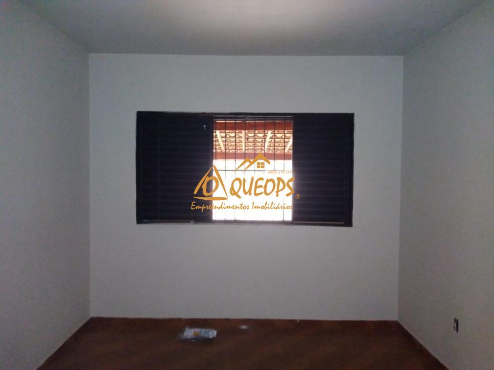 Alugar Casa / Padrão em Barretos R$ 1.100,00 - Foto 5