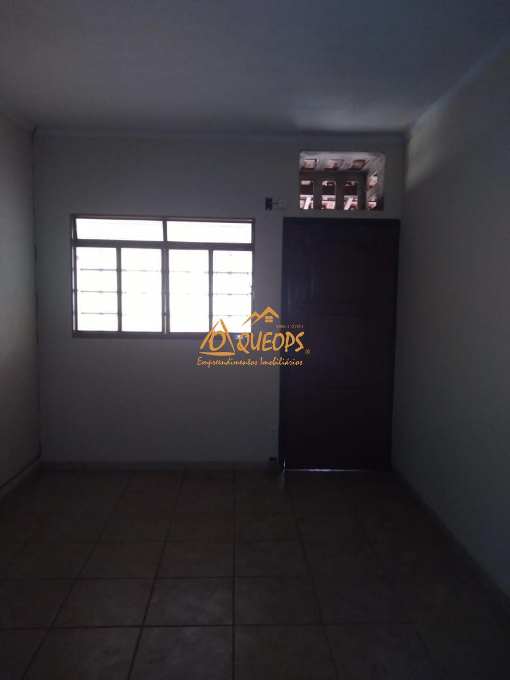 Alugar Casa / Padrão em Barretos R$ 1.500,00 - Foto 2