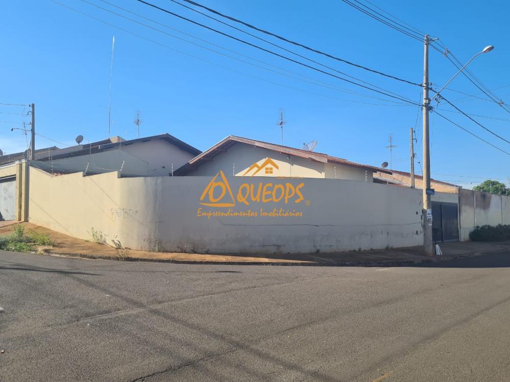 Alugar Casa / Padrão em Barretos R$ 1.174,25 - Foto 2