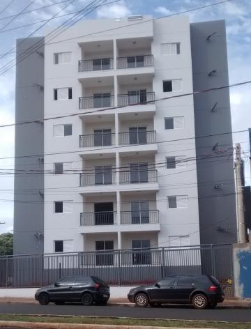Alugar Apartamento / Padrão em Barretos. apenas R$ 1.400,00