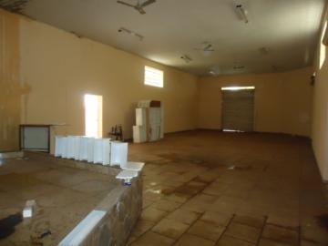 Alugar Comercial / Salão em Barretos R$ 1.000,00 - Foto 2