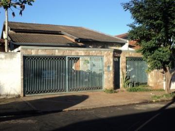 Alugar Casa / Sobrado em Barretos. apenas R$ 450.000,00
