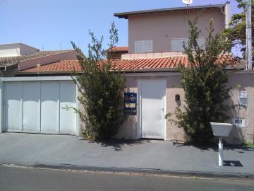 Alugar Casa / Sobrado em Barretos. apenas R$ 1.800,00
