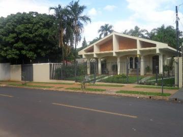 Alugar Casa / Padrão em Barretos. apenas R$ 850.000,00