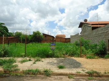 Alugar Terreno / Padrão em Barretos. apenas R$ 70.000,00