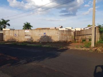 Alugar Terreno / Padrão em Barretos. apenas R$ 400.000,00