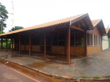 Alugar Comercial / Barracão em Alberto Moreira (Barretos). apenas R$ 2.000,00