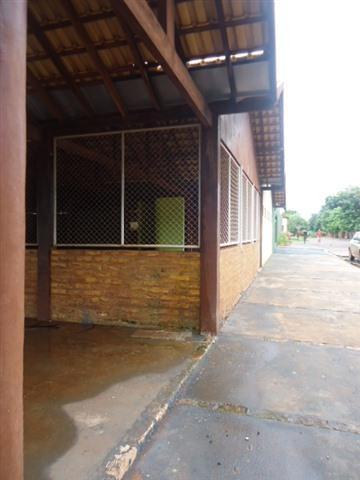 Alugar Comercial / Barracão em Alberto Moreira (Barretos) R$ 2.000,00 - Foto 3