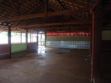 Alugar Comercial / Barracão em Alberto Moreira (Barretos) R$ 2.000,00 - Foto 6