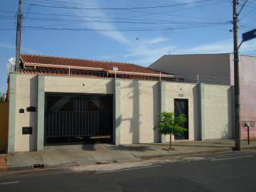 Casa / Padrão em Barretos , Comprar por R$450.000,00