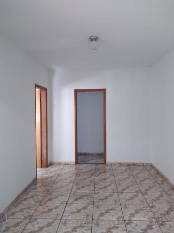 Alugar Apartamento / Sobreloja em Barretos R$ 1.000,00 - Foto 3