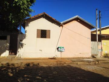 Comprar Casa / Padrão em Barretos. apenas R$ 180.000,00