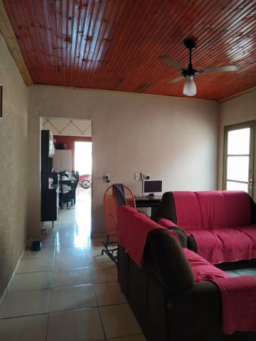 Comprar Casa / Padrão em Barretos R$ 180.000,00 - Foto 6