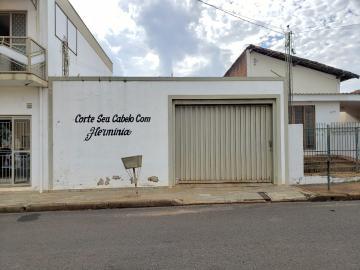 Alugar Terreno / Padrão em Barretos. apenas R$ 150.000,00