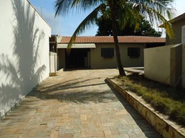 Alugar Casa / Padrão em Barretos R$ 5.000,00 - Foto 5