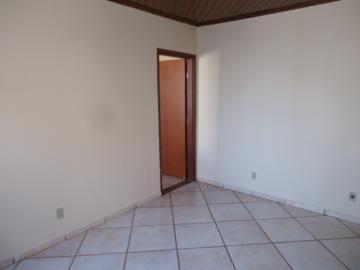 Alugar Casa / Padrão em Barretos R$ 5.000,00 - Foto 15