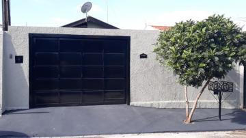Casa / Padrão em Barretos Alugar por R$900,00