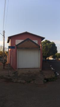Alugar Casa / Padrão em Barretos. apenas R$ 260.000,00