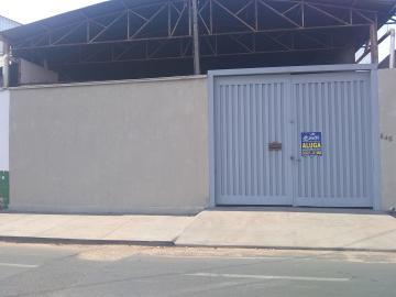 Comercial / Barracão em Barretos Alugar por R$2.000,00