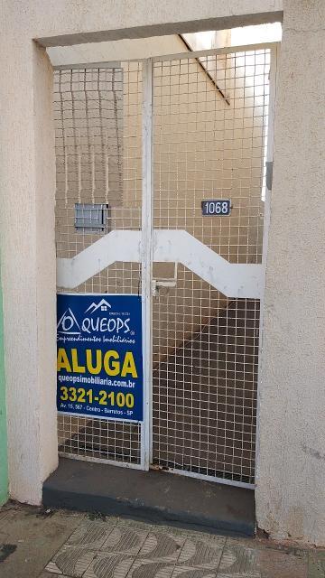 Comercial / Salão em Barretos Alugar por R$800,00