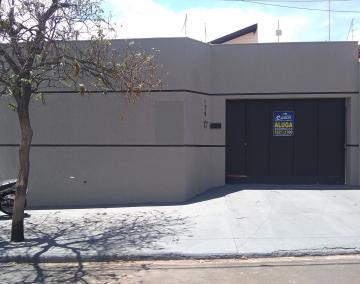 Alugar Casa / Sobrado em Barretos. apenas R$ 3.800,00