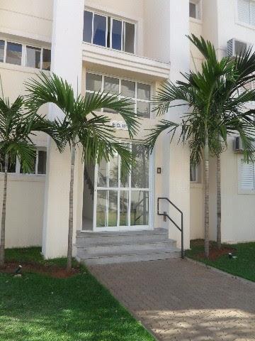 Alugar Apartamento / Padrão em Barretos. apenas R$ 1.700,00