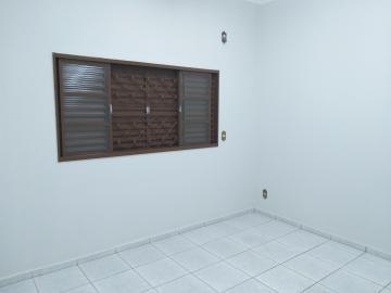 Alugar Casa / Padrão em Barretos R$ 3.000,00 - Foto 8