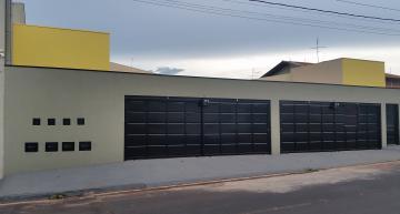 Alugar Apartamento / Padrão em Barretos. apenas R$ 900.000,00
