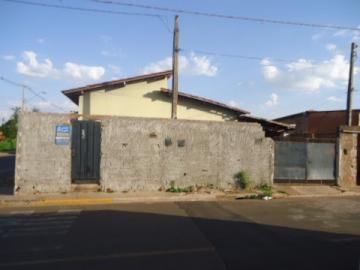 Alugar Casa / Padrão em Barretos. apenas R$ 150.000,00