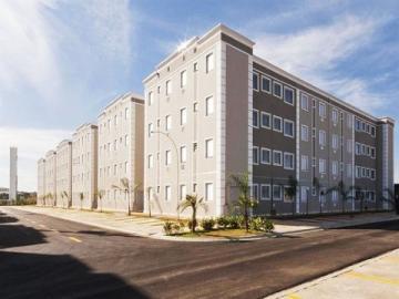 Alugar Apartamento / Padrão em Barretos. apenas R$ 800,00