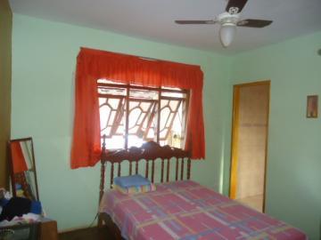 Comprar Casa / Padrão em Barretos R$ 280.000,00 - Foto 4