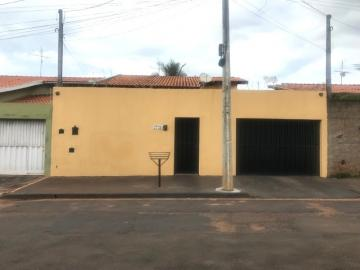 Alugar Casa / Padrão em Barretos. apenas R$ 390.000,00