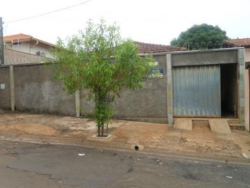Alugar Casa / Padrão em Barretos. apenas R$ 320.000,00