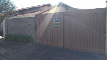 Alugar Casa / Padrão em Barretos. apenas R$ 1.300,00