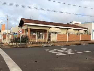 Casa / Padrão em Barretos , Comprar por R$270.000,00