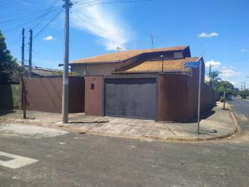 Casa / Padrão em Barretos , Comprar por R$320.000,00