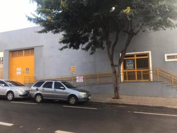 Comercial / Barracão em Barretos Alugar por R$5.000,00